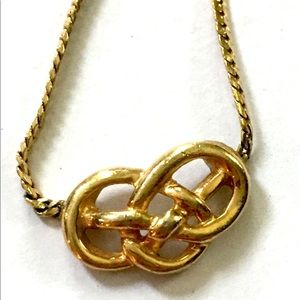Avon Knot Necklace Gold